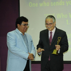 Dr. Joseph Massad after felicitation during the event with Prof. (Dr.) Mahesh Verma in New Delhi